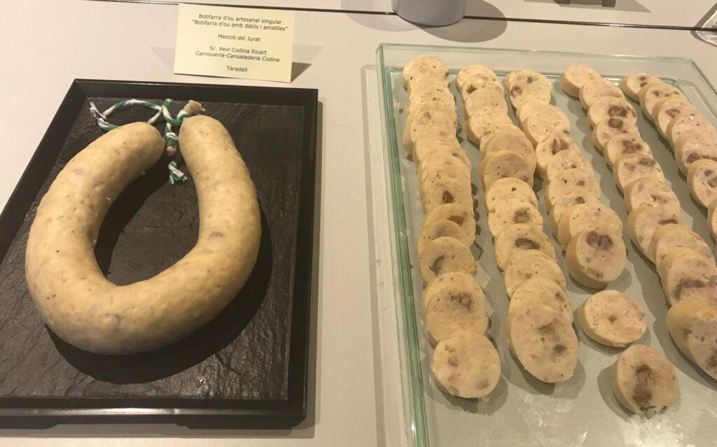 Botifarra d'ou de dàtils i ametlles de Carnisseria Cansaladeria Codina